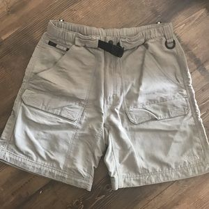 THE NORTH FACE // mens cargo shorts